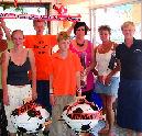 Slagers en bakkers deinen mee op oranjegekte