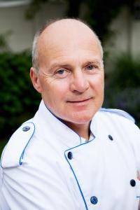 Paul van Trigt, vaktechnisch specialist voor worstmakerij en vleesbereiding. Paulvantrigt.nl