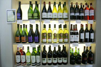 Kapper mag geen wijntje schenken in Nieuwegein