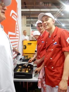 Wiebe Mulder en Maarten Wolters tijdens de International Young Butchers' Competition in 2016
