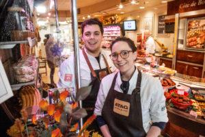 Slager Knobbout in Tiel is eerste dementievriendelijke slagerij